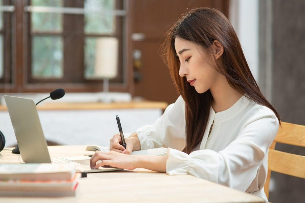 利用線上學習資源從頭學英文